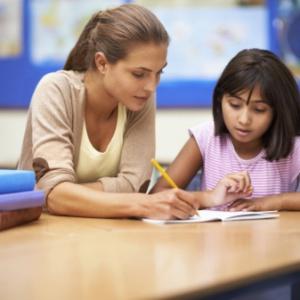 Tutoring coraz bardziej popularny w polskich szkołach