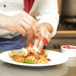 Absolwenci szkół gastronomicznych mają szanse na staż
