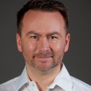 Karol Wieczorek został PR menedżerem Netii