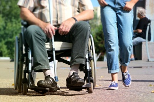 Niepełnosprawni w pracy? W Polsce tylko co szóstej osobie się to udaje
