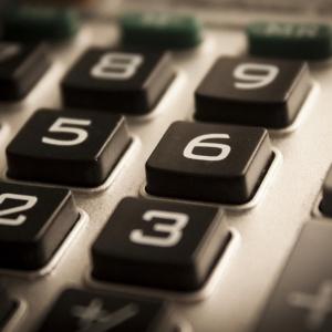 Resort finansów zaangażuje najlepszych specjalistów, by walczyć z wyłudzaniem VAT