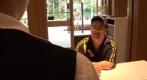 Pracownik z zespołem Downa świętuje 30 lat pracy w McDonald's