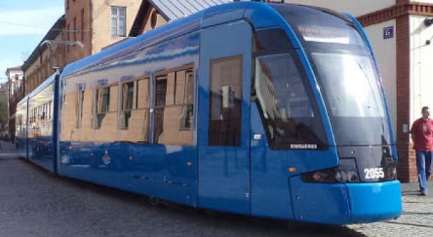 Wrocław: Bombardier zainwestował w rozwój fabryki 250 mln zł, będzie zatrudniał