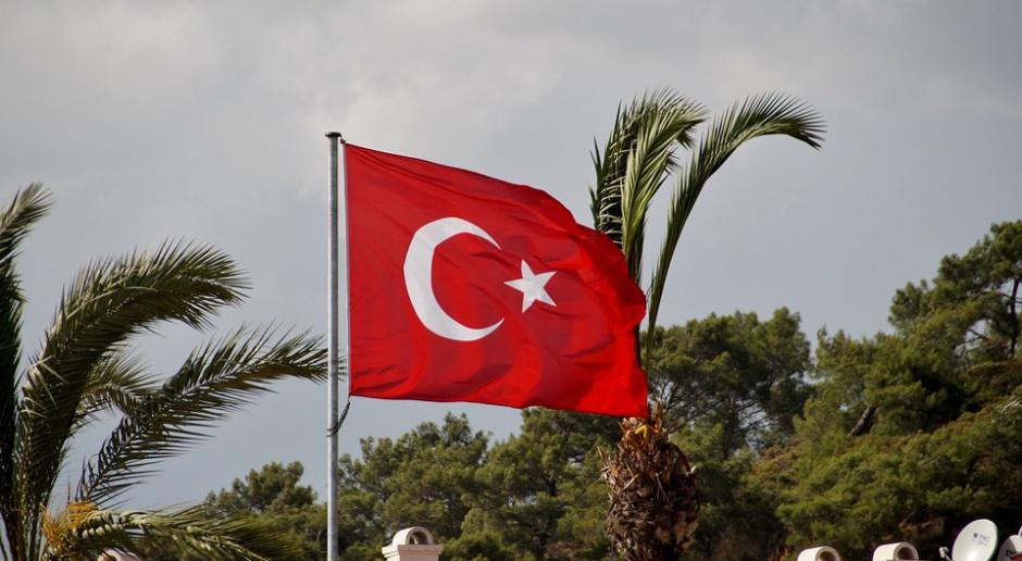 Zwolnieni pracownicy sektora publicznego podejrzewani są o związki z ruchem Fethullaha Gulena. (Fot. Pixabay)