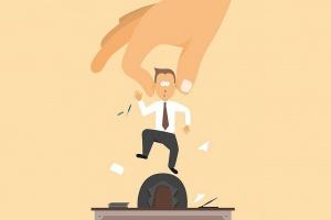 Nieuczciwe firmy nadużywają outsourcingu pracowników. Warto je sprawdzić