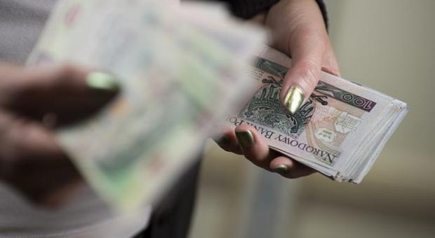 Wypłata w kilku banknotach? 500 zł trafi do obiegu w 2017 r.