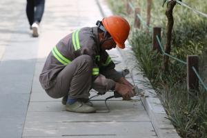 Pozwolenia na prace dla cudzoziemców, którzy pracują na podstawie ustaw covidowych, wkrótce mogą stracić ważność