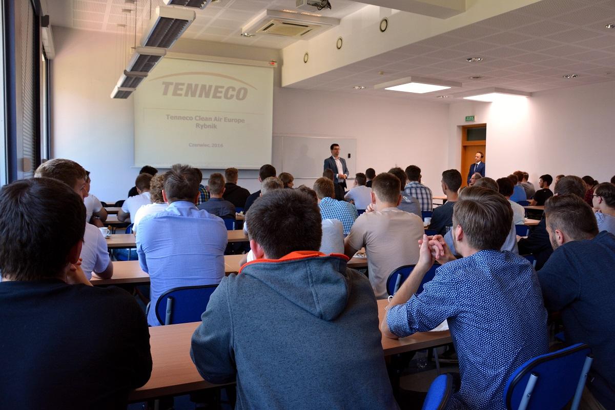 W projekt kształcenia dualnego włączyła się m.in. firma Tenneco.