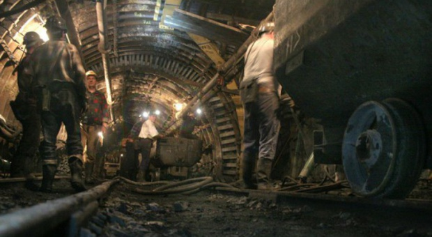 Górnicy z Katowickiego Holdingu Węglowego chcą odpraw i urlopów