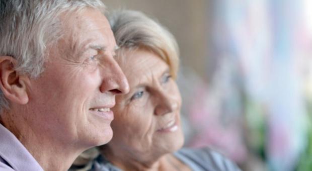 Emerytury i renty z funduszu ubezpieczeń społecznych: Najniższe emerytury bezpieczne. Komornik nie zabierze pieniędzy