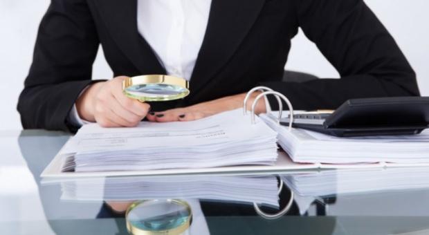 Księgowa Sądu Okręgowego z zarzutami defraudacji pieniędzy z sądowej kasy