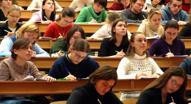 Gowin: nowy podział dotacji uczelnianych stawia na jakość, nie na masowość
