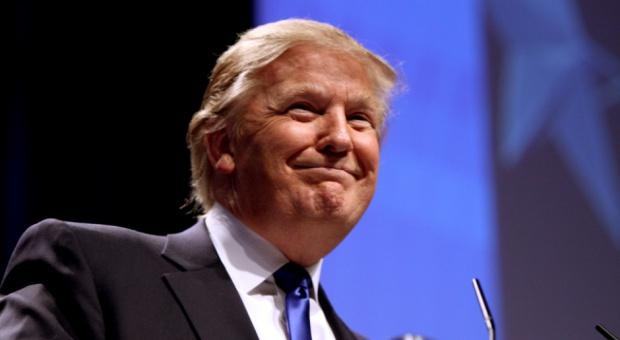 """Praca, USA: Trump chce stworzyć kilka milionów """"dobrze płatnych miejsc pracy"""""""