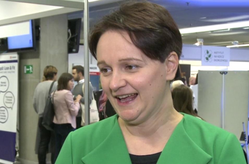 Biznes ma know-how, wiedzę i środki finansowe, żeby pomóc w rozwiązywaniu tych największych problemów społecznych w skali kraju i w skali globalnej - mói Mirella Panek-Owsiańska (fot.newseria.pl)