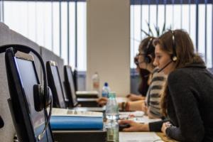 Praca telemarketera w Polsce budzi politowanie? Są duże pokłady empatii