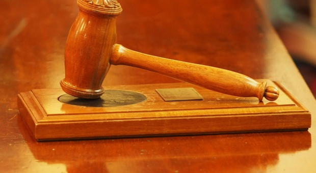 100 zmian dla firm: Zmiana w Kodeksie postępowania administracyjnego niezgodna z konstytucją?