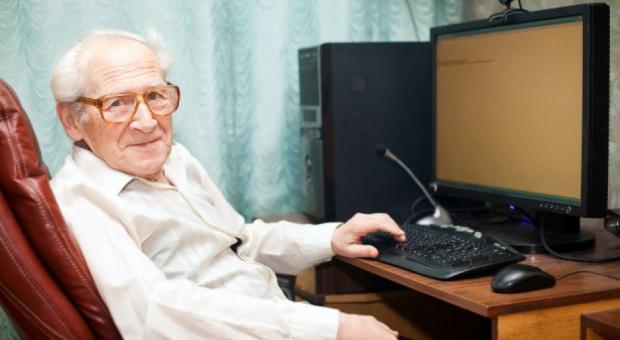 CBOS: Zdecydowana większość seniorów nie pracuje