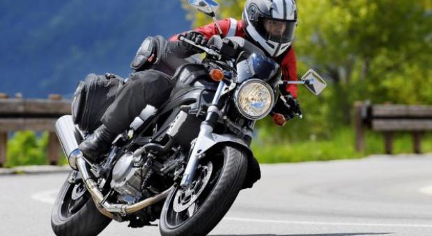 MZ: Ratownicy medyczni na motocyklach, skrócą czas dotarcia z pomocą