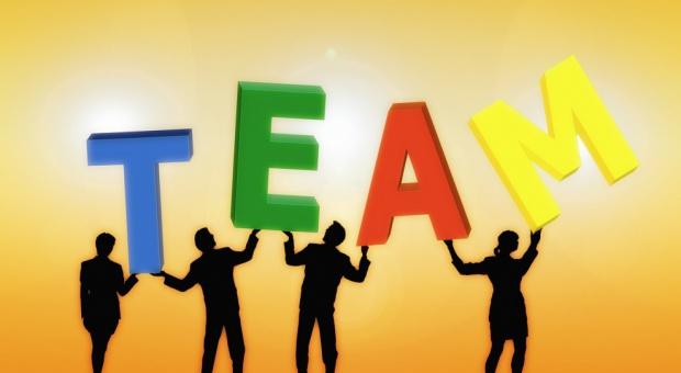 Różnorodność zespołu to wyzwanie w zarządzaniu, ale korzyść dla firmy