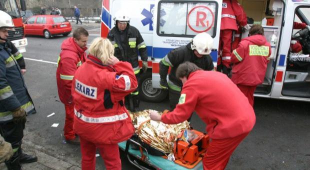 MZ: rezygnacja ze specjalistycznych zespołów ratownictwa - stopniowa