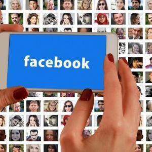 Bez Facebooka nie dostaniesz pracy? Rekrutacja przenosi się do social media