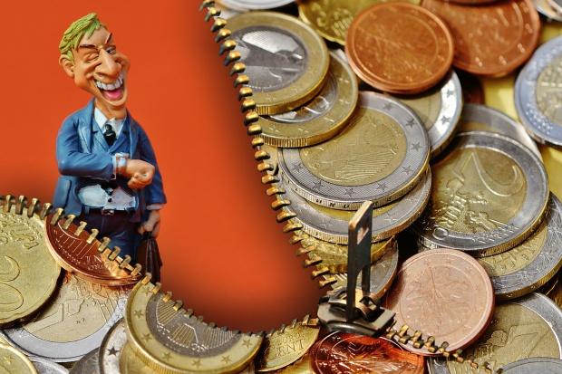 Przyszły rok z grubszym portfelem? Rekordowy odsetek firm planuje podwyżki