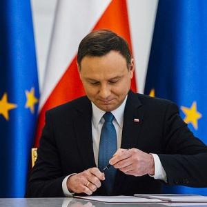 Prezydent zapewnia: W najbliższym czasie podpiszę ustawę obniżającą wiek emerytalny