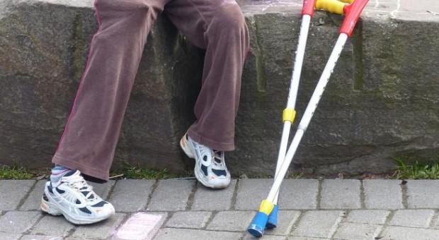 Seniorzy i niepełnosprawni na rynku pracy. Jak ich lepiej zaktywizować?