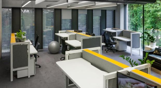 Niedopasowany open space kosztuje 1,5 h dziennie