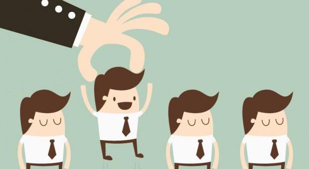 Praca, oferty: Pracownik fizyczny towarem deficytowym