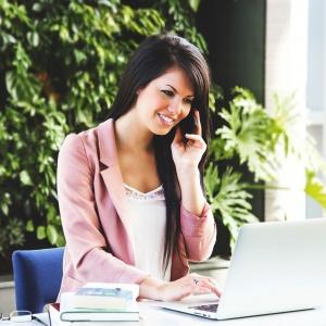 Kobiety boją się zakładać własne firmy? Nie powinny