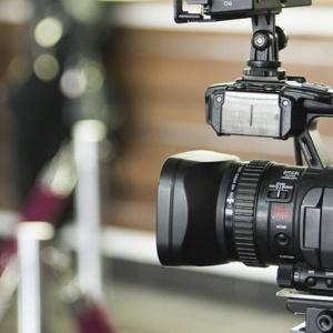 Definitywna decyzja: Wracają stare warunki pracy dziennikarzy w Sejmie
