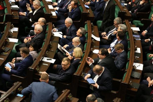 CBOS: Co Polacy sądzą na temat pracy posłów?