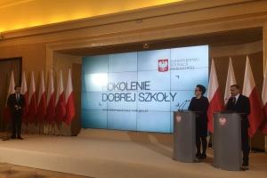 Zalewska: Mamy 1000 nowych miejsc pracy w systemie edukacji