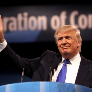 Trump zapowiada Amerykę dla Amerykanów. Pracownicy z innych krajów bez szans na zatrudnienie?