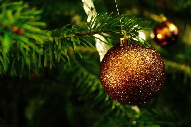 Polacy dorabiają by odrobić świąteczne długi