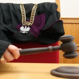 Zwolnienie szefa Instytutu Adama Mickiewicza niezgodne z przepisami prawa pracy