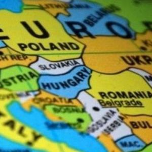 Imigranci zalewają polski rynek pracy