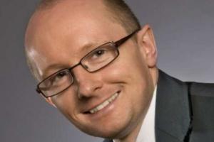 Adam Manikowski rezygnuje z funkcji dyrektora zarządzającego i wiceprezesa Tesco Polska