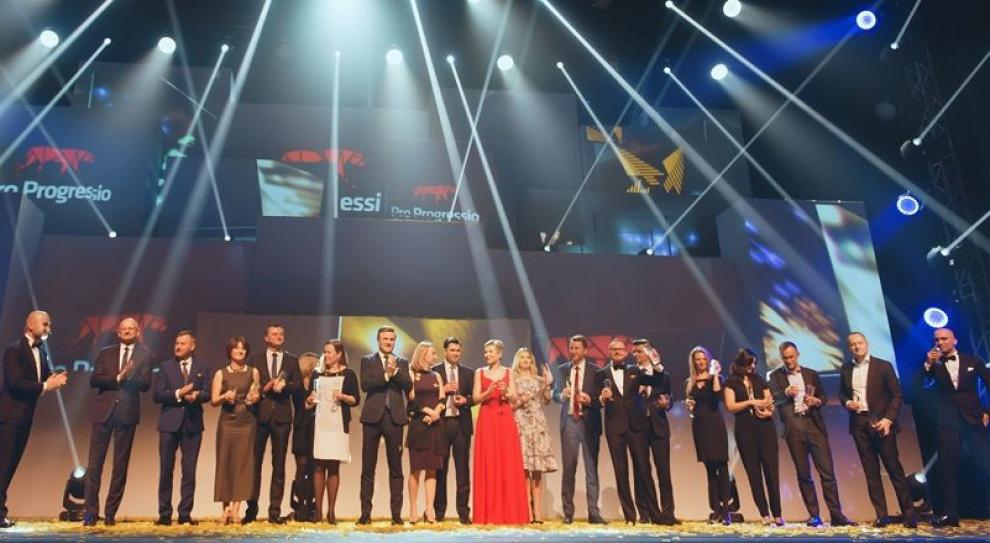 Gwiazdy Outsourcingu 2016, Adecco, Randstad: Liderzy branży outsourcingowej wybrani