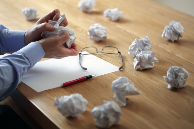Oto 7 rzeczy w CV, które wzbudząją podejrzenia rekruterów