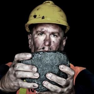 Ministerstwo Energii da górnikom KHW podwyżki. Jest tylko jeden warunek