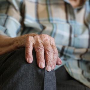 Jak rozwiązać problem groszowych emerytur?