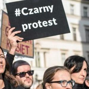 Zapadła kolejna decyzja w sprawie nauczycielki popierającej czarny protest