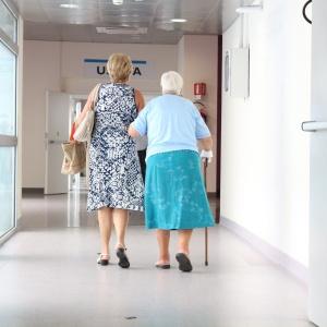 Starzenie się Polaków będzie wymagało rozwinięcia usług opiekuńczych