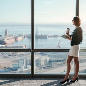 Kraj przyjazny dla pracujących kobiet? Polska wysoko w rankingu
