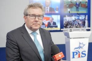 Czarnecki: Nie chcemy żadnych imigrantów spoza Europy w Polsce