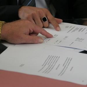 PIP chce sama zamieniać umowy cywilnoprawne na umowy o pracę
