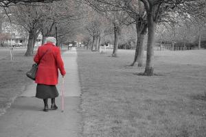 Obniżenie wieku emerytalnego: Emerytury niższe nawet o tysiąc złotych