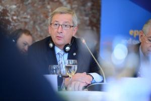 Szef KE obroni zasiłki na dzieci obcokrajowców pracujących w Austrii i Niemczech?